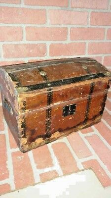 antique vintage DOLL TRUNK CHEST treasure chest doll case salesmans sample upcyc