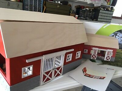 Big Red Barn COLLECTIBLE DISCONTINUED Schleich Stable 42028 Farm Building