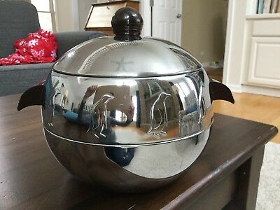 Vntg WEST BEND PENGUIN ICE BUCKET Hot/Cold Server CHROME with BAKELITE HANDLES