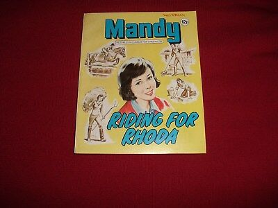 EARLY MANDY  PICTURE STORY LIBRARY BOOK from 1980 - never been read!!