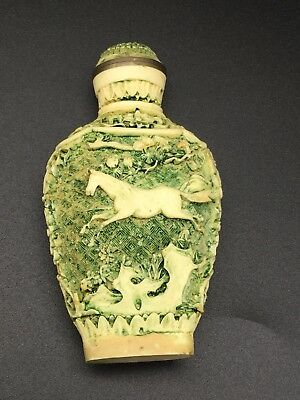 Vintage Ornate Fancy Very Busy Pattern Snuff Bottle Green