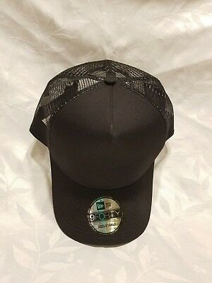e8009bf40 NEW ERA 9FORTY Snapback Trucker Black Hat { NE 9Forty }
