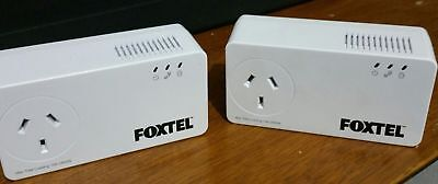 Foxtel Netcomm NP511 500Mbps Powerline with AC Passthrough + 2 Ethernet Cables