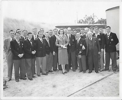 Super Rare 1950 Manchester United In Los Angeles Photo-Player Owned