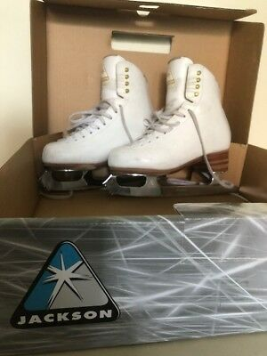 White Jackson 3 1/2C  Freestyle Figure Skates