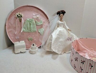 """10"""" Tiny Kitty Collier Forever Yours Brunette Doll With Hat Box"""