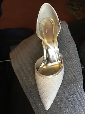 Ivory Wedding Shoes UK 7 Tierney Lace Court Shoes by Rainbow Club RRP £85.00