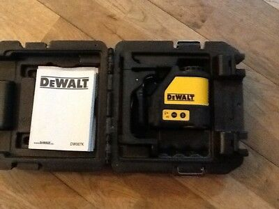 dewalt 2 way self levelling laser DW087K comes with original case & box