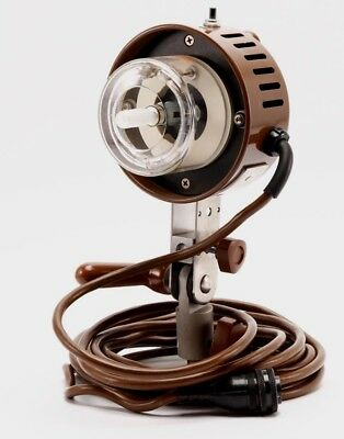 Speedotron M11 Universal Light Unit,  Brown Line