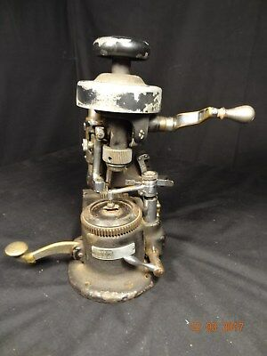 Antique AMERICAN OPTICAL AO M-540-D LENS GRINDING MACHINE