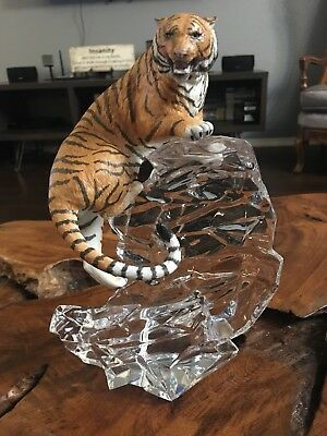 Franklin Mint Siberian Tiger Ice Lead Crystal Sculpture National Wildlife Found.