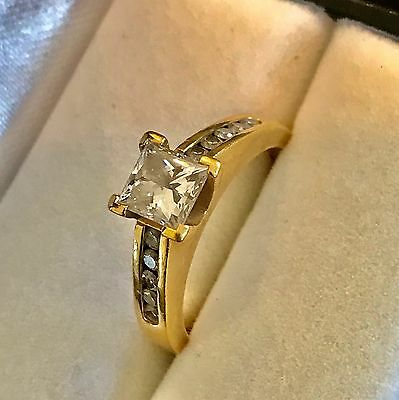 Engagement Ring 1.01 CT yellow gold Princess Cut diamond G,Si, GIA Certified