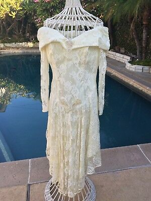 Vintage Elegance Lace Victorian Style Wedding Dress Off the shoulders