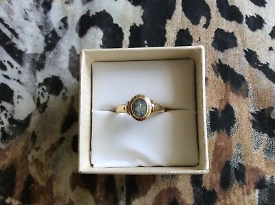 9ct Gold and Topaz Ring