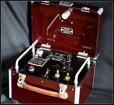 R.A.F Military Bakelite Test Unit AVO CT155 Calibration.Red  1950s