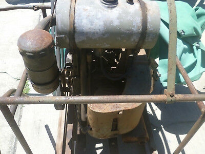 Petter 10HP antique motor 2hrs use since 1947 was in original crate until 1991