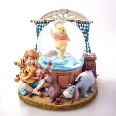 Rare Disney Winnie the Pooh & Friends in Bedroom Musical Snow Globe with Piglet