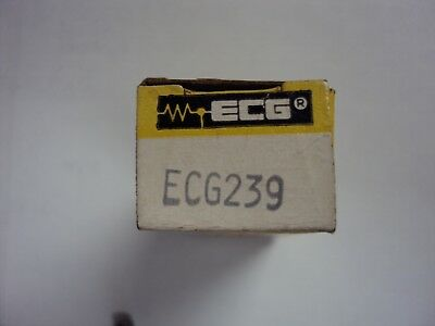ECG 239 Transistor  silicon controlled switch T-072  nos