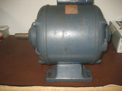 Single Phase 750W 1HP 240v 1425RPM electric Motor 3/4 inch shaft, Brook Crompton
