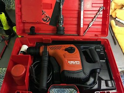 HILTI TE-40-AVR sds-plus chuck 115V/AC, hammer drill/chipping COMBO & NEW (647)