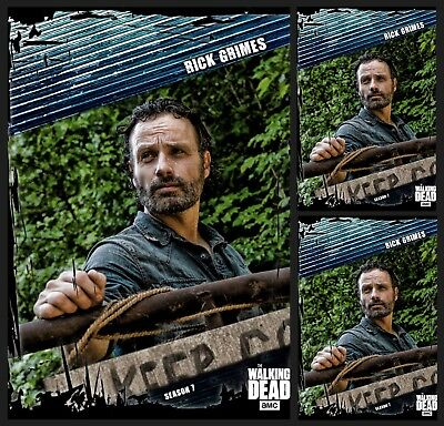 3x RICK GRIMES-FALLOUT-BLUE-TOPPS WALKING DEAD CARD TRADER