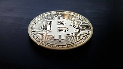 Bitcoin (24k Gold Plated BTC) - Physical Cryptocurrency - crypto coin with case