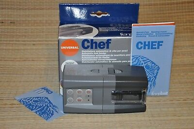 "Distributeur automatique de nourriture aquarium FERPLAST ""Chef""."