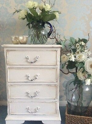 Lovely Small Vintage Four Drawer Chest Of Drawers/bedside Cabinet.