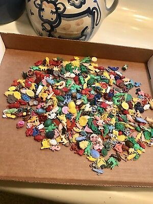 Lot Of Vintage 425 Cracker Jack Charms Prizes Toys  Plastic Gum Ball