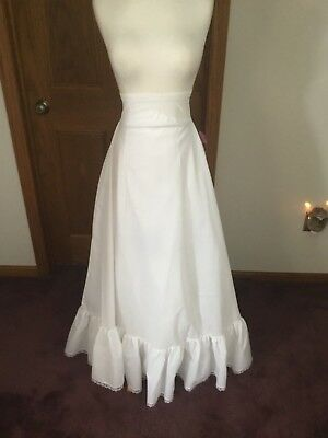 Bridal petticoat size 18 in white #28606