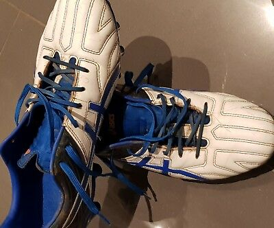 mens footy boots