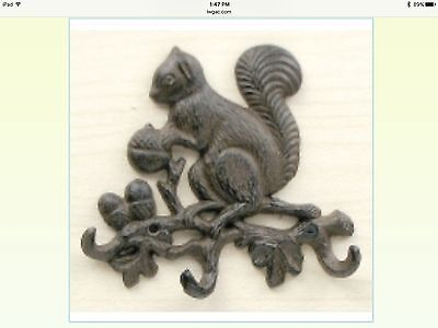 Home Decor Cast Iron Squirrel On Branch With 3 Hooks