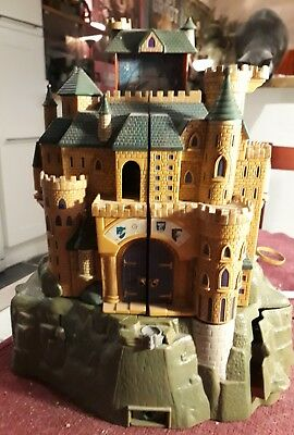 Harry Potter castle Poudlard 2001