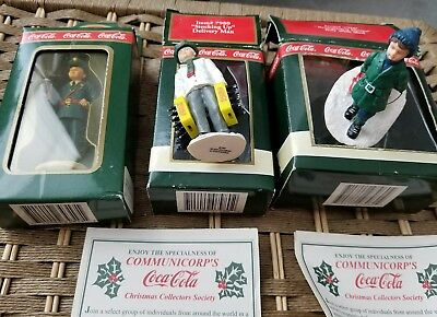 LARGE SCALE MODEL Coca Cola Town Square Christmas Village 3 new package  people