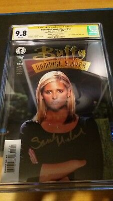 Buffy #12 Gold CGC 9.8 Signed by Sarah Michelle Gellar!!!