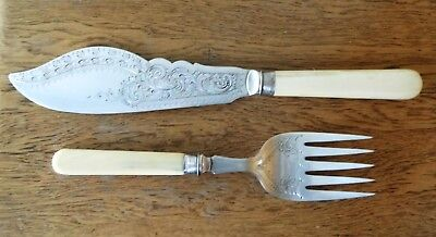 VICTORIAN 1897 SHEFFIELD SILVER PLATED FISH SERVERS Silver Collar Antique Handle