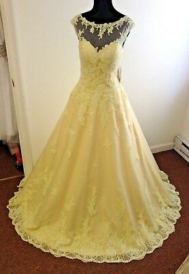 Prom Tony Bowls~Light Yellow Lace High Neck top~ Ballgown Size 6 w/pockets