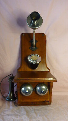 Central battery Wall Phone.Great condition.  C1920. Stunning.