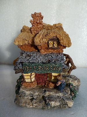 """Boyd'S Bearly-Built Villages ©2000 """"Ted E. Bear Shop"""" #1, Style 19001"""