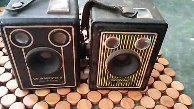 Box brownie cameras Swiftshot Six 20 Kodak