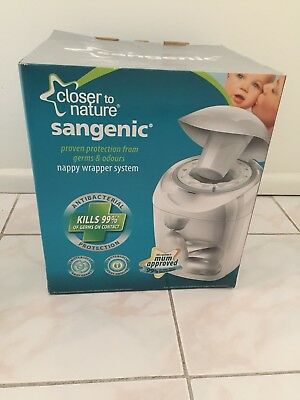 NEW Sangenic Nappy Disposal System PLUS 6x Refill Cassettes