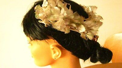 1950,s fab silver grey/ bridal/prom headpiece/caplet with flowers .Preloved orig