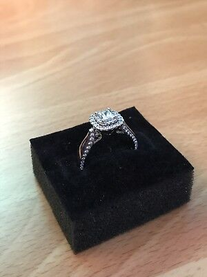 Vera Wang LOVE .80CT white gold diamond engagement ring