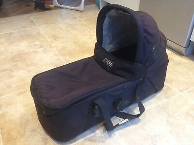 Carry cot for Mountain Buggy Duet