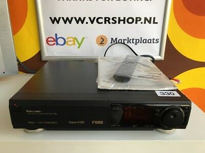 Panasonic NV-FS88 Super 4 Head S-VHS Super VHS (LOW HOURS) + Manual & Remote