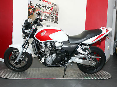2003 '03 Honda CB1300F. Only 8,405 Miles. Race Pipe, Rad Guard. Lovely. £3,795
