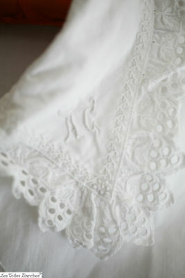 Antique French woman NIGHTSHIRT FRILL linen cotton BRODERIES ANGLAISES c1880