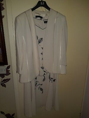 Jaques Vert Occassion and Mother of the bride outfit with jacket size 16