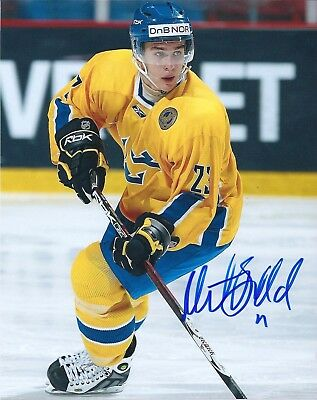 Mikael Backlund 8 X 10 Photo Mint NHL Team Sweden Autographed Calgary Flames