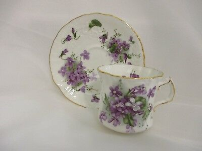 Hammersley BONE CHINA VICTORIAN VIOLETS SCALLOPED PETITE Cup & Saucer ENGLAND